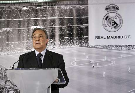 <p>Florentino Pérez oficializou nesta segunda-feira os boatos de que Mourinho deixará o Real</p>