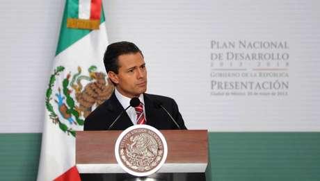 El Plan Nacional de Desarrollo es desde ahora la estrategia general para construir juntos una sociedad de derechos y llevar a México a su máximo potencial, afirmo Peña Nieto.