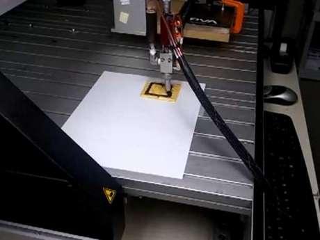 Em um estágio inicial de pesquisa, impressora foi capaz de imprimir chocolate