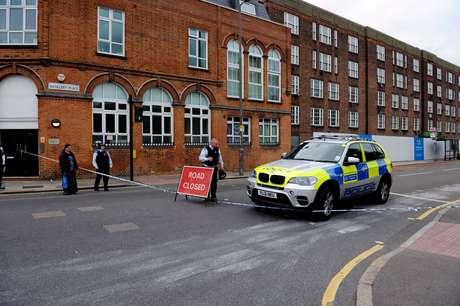 Polícia isola área após o ataque