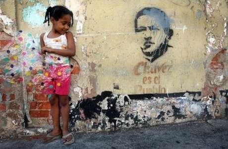 Popularidade de Chávez amenizava efeitos da crise, o mesmo não acontece com Maduro