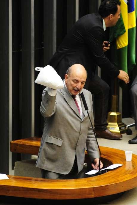 <p>Osmar Terra na discussão em Plenário sobre oPL 7663/2010, que trata do Sistema Nacional de Políticas sobre Drogas</p>