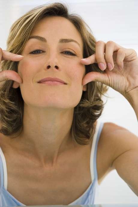 <p>Uma em cada 10 mulheres se declarou capaz de fazer loucuras para melhorar a aparência</p>