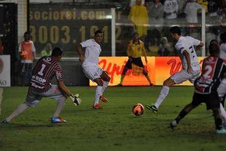 <p>Goleiro Ivan confirmou versão sobre conversa com Neymar após jogo entre Santos e Joinville</p>