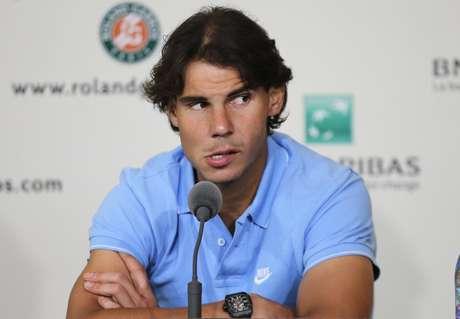 <p>Nadal participou nesta sexta-feira do sorteio da chave de Roland Garros; espanhol pode pegar Djokovic na semifinal do torneio francês</p>
