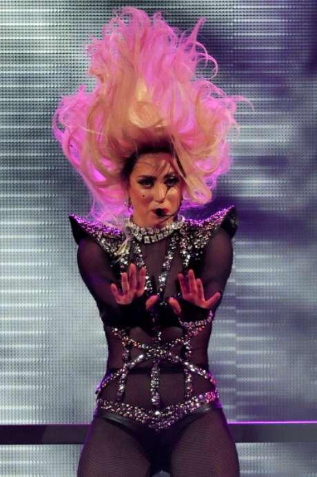 <p>Lady Gaga lançará novo álbum em novembro</p>