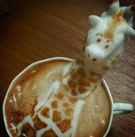 <p>O barista japon&ecirc;s Kazuki Yamamoto cria artes em 3D com espuma de leite e caf&eacute;</p>