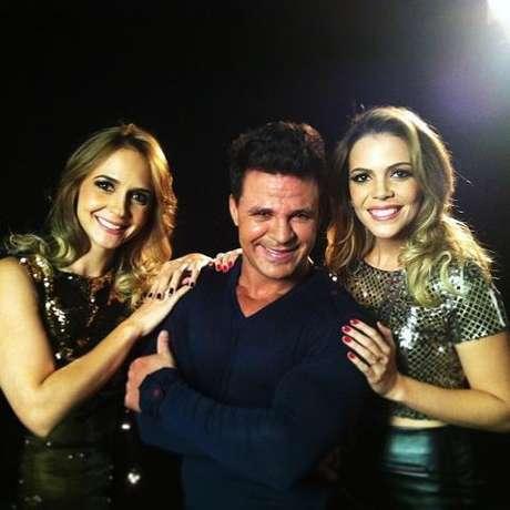 Bruna e Keyla com Eduardo Costa, com quem gravaram a música 'Vem Me Completar', primeiro single da dupla