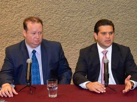Luis David Ortiz y Francisco Cienfuegos presentaron la nueva ley que protegerá a los funcionarios de actos de extorsión en su contra