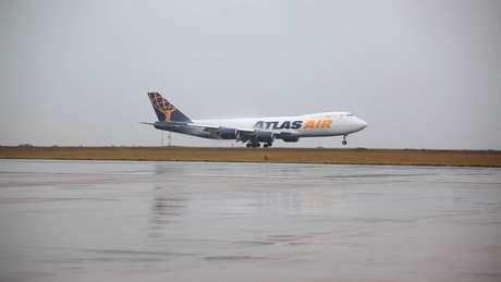 <p>Aeroporto de VIracopos, em Campinas, foi o primeiro a receber um Boeing 747-8</p>