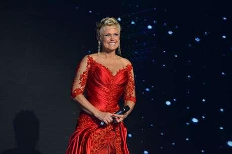 <p>A apresentadora no jantar beneficente que comemorou seus 50 anos, na terça-feira</p>