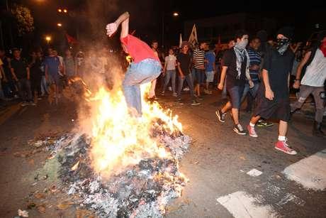<p>Balanço da PM aponta que três ônibus foram incendiados e dois depredados</p>