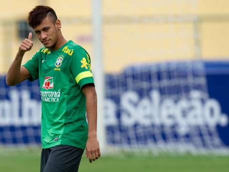 <p>Hasta agosto Neymar usará la indumentaria blaugrana.</p>