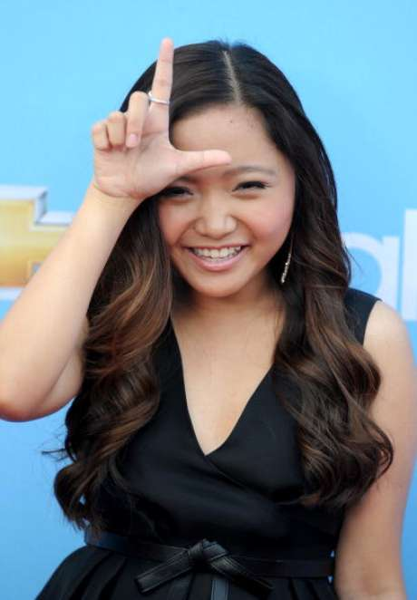 <p>La cantante y actriz de Glee, Charice Pempengco de claró públicamente lesbiana al cumplir 21 años.</p>