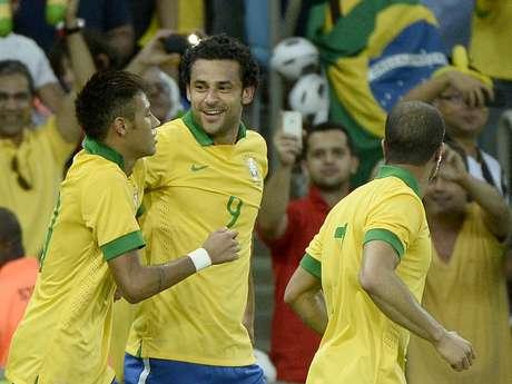 <p>Fred tem quatro gols e uma assistência com Felipão; Neymar está em jejum com o time principal da Seleção</p>