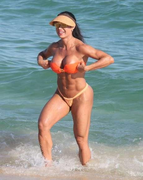 <p>Gracyanne Barbosa é famosa pelo corpo cheio de músculos</p>