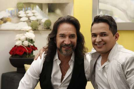 'Y ahora te vas', de la autoría de Marco Antonio Solís, hace parte del primer álbum de duetos del artista colombiano Jorge Celedon que saldrá próximamente al mercado.