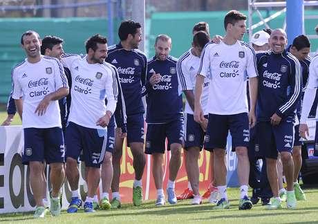 <p>Seleção argentina enfrenta a Colômbia na próxima quarta, em Buenos Aires</p>