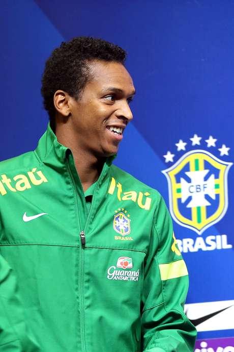 <p>Jô já tinha se apresentado para substituir Leandro Damião no elenco do Brasil</p>