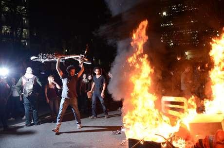 <p>Após o confronto na região do Terminal Bandeira, os manifestantes se encaminharam para a avenida Paulista</p>