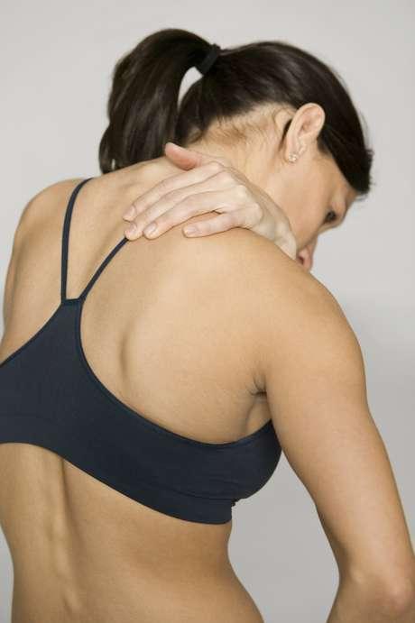 <p>Sutiãs apertados podem causar tensão, dores e desconforto</p>