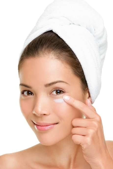 <p>Cremes com matrixyl na composição são mais eficientes no tratamento do envelhecimento da pele</p>