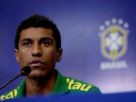 <p>Paulinho desperta interesse de grandes clubes europeus</p>