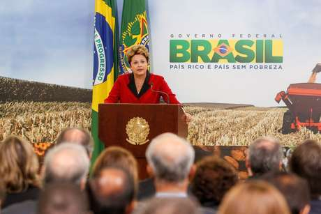 A presidente Dilma no lançamento do Plano Agrícola e Pecuário 2013/2014, em 4 de junho