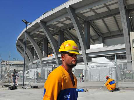 <p>Obras do Maracanã já ultrapassaram R$ 1 bilhão</p>