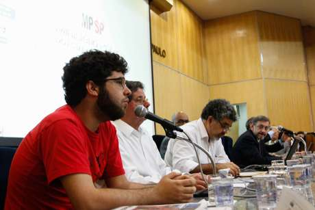 <p>Audiência pública no MP reuniu organizadores do protesto, integrantes de movimentos sociais e representantes do governo nesta quarta-feira</p>