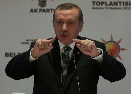 Erdogan participa de reunião com prefeitos de seu partido em Ancara