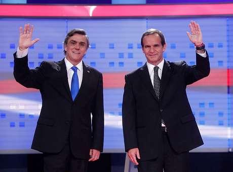 Pablo Longueira y Andrés Allamand antes del debate en Cabal 13.