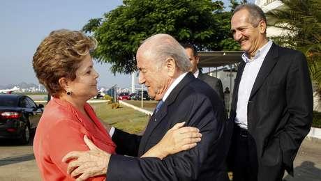 <p>Dilma n&atilde;o respondeu a carta enviada por Blatter</p>