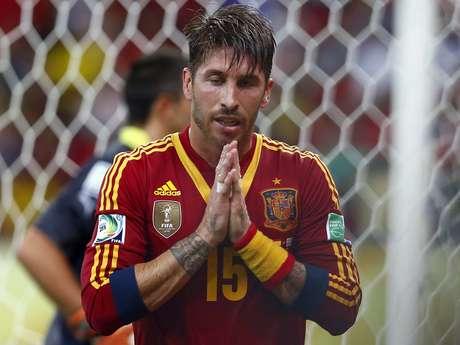 <p>Sele&ccedil;&atilde;o espanhola caiu mais uma posi&ccedil;&atilde;o no ranking da Fifa</p>