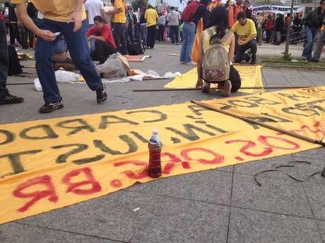 <p>Apontado como 'vilão' em protestos anteriores, vinagre marca presença no quinto dia de manifestações em São Paulo</p>