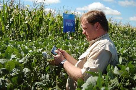 Produtor rural pode acessar o sistema Digilab a partir de um smartphone ou tablet