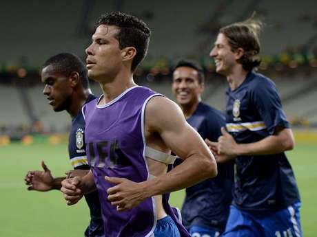 <p>Hernanes foi confirmado como substituto de Paulinho</p>