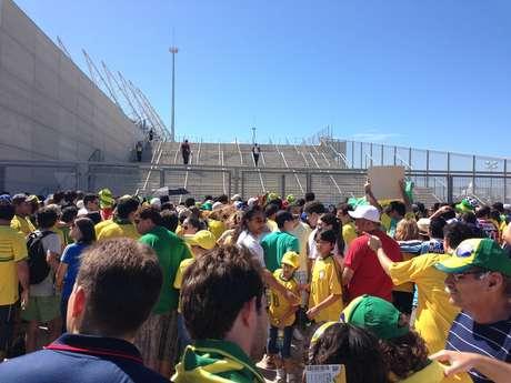 Portões do Castelão foram abertos com atraso para jogo do Brasil