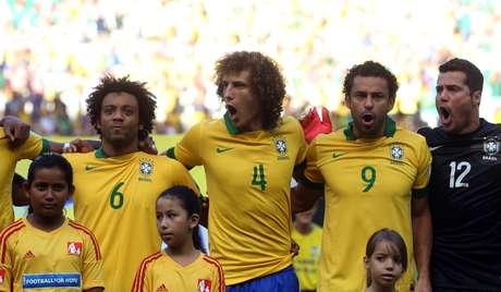 <p>Hino Nacional ganhou força como canção de protesto em meio a manifestos pelo Brasil</p>