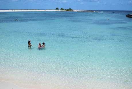 <p>A capital das Bahamas, Nassau, passa &oacute;tima impress&atilde;o para os turistas</p>