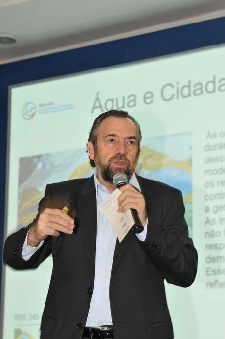 Mario Mantovani participou dos debates no Fórum Mundial de Meio Ambiente, em Foz do Iguaçu