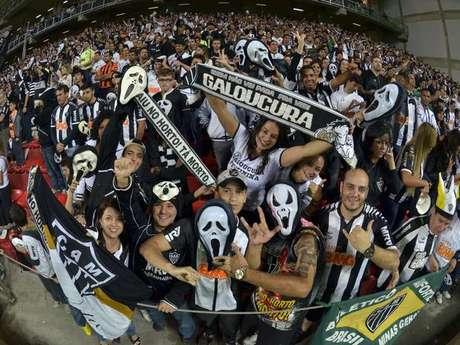 Torcedores do time mineiro comemoram vitória sobre Tijuana nas quartas de final da Libertadores