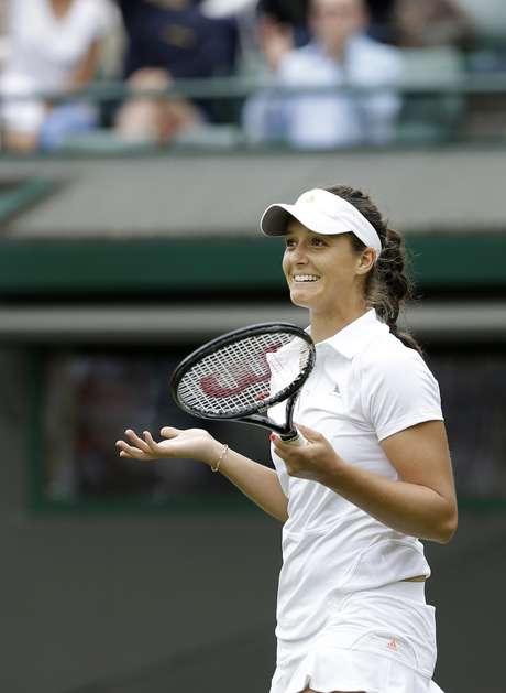 <p>Com desempenho em Wimbledon, Laura Robson está garantida no top 30 do ranking da WTA</p>