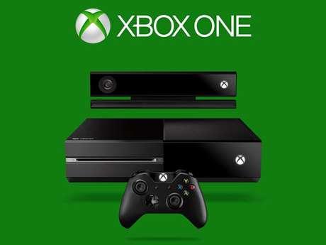 <p>Xbox One chega ao Brasil em 22 novembro, por R$ 2,2 mil</p>