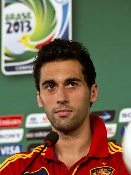 <p>Arbeloa diz que seria melhor jogar mais tarde; semifinal entre Espanha e Itália começa às 16h, em Fortaleza</p>