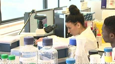 Críticos afirmam que a técnica pioneira de fertilização in vitro é antiética
