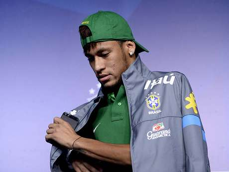 <p>Neymar foi escolhido melhor da partida nos três jogos da primeira fase</p>