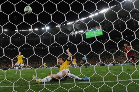 <p>David Luiz levantou a torcida no Maracanã ao salvar um gol em cima da linha no primeiro tempo</p>