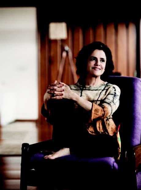 <p>A atriz foi casada com o cantor Chico Buarque por 33 anos</p>