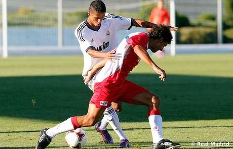 <p>''Casillas joga muito... Só não joga futebol'', ironizou Bruno Vinícius (foto), ex-Corinthians</p>